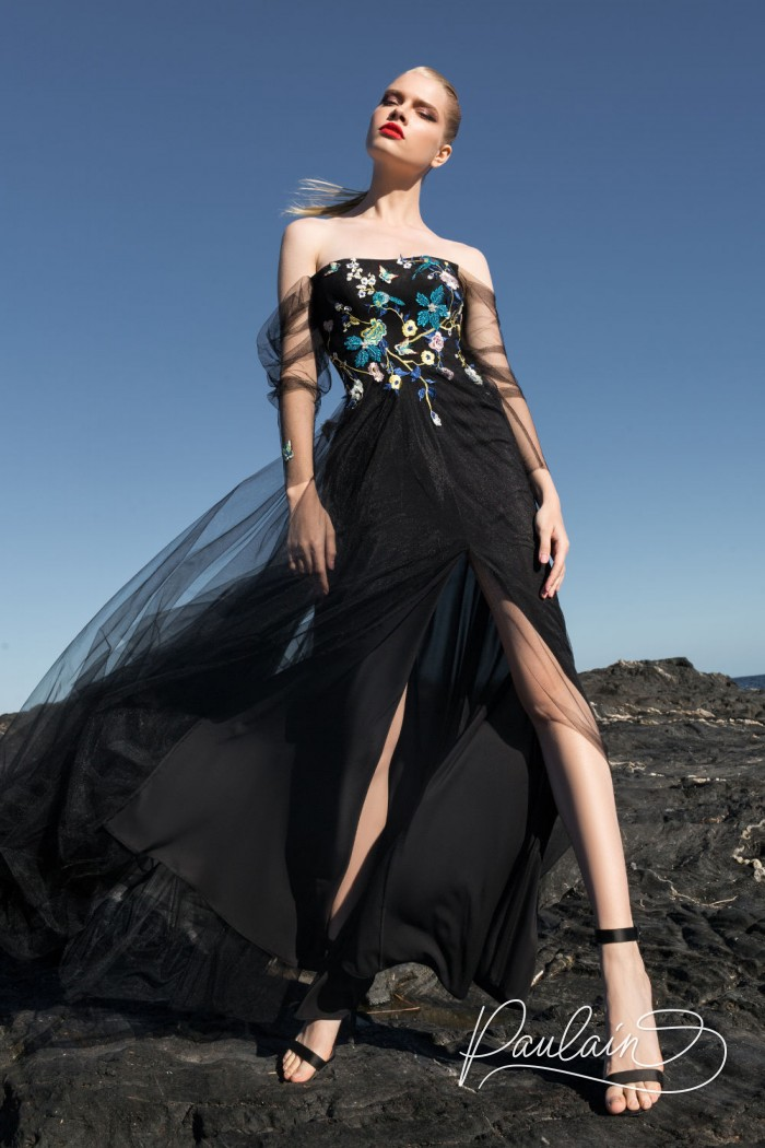 Полное таинственности волшебное вечернее платье с открытыми плечами - САДЫ МАЛЕФИСЕНТЫ | Paulain