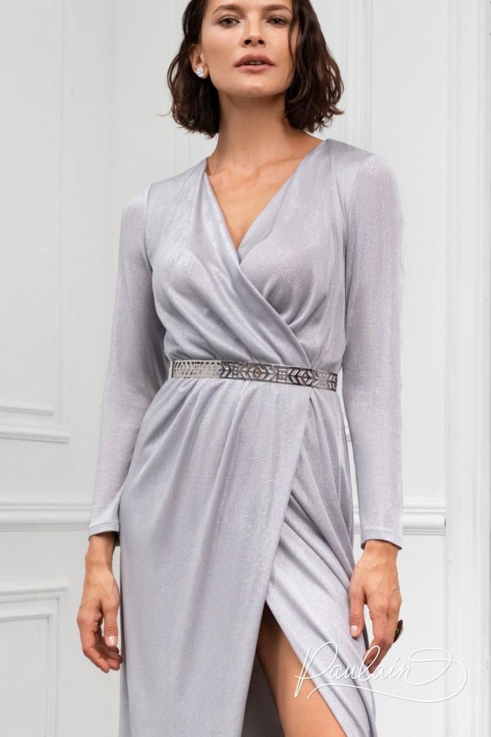 Вечернее длинное платье из мягкого серебряного трикотажа с рукавом - ГЕСТИЯ | Paulain