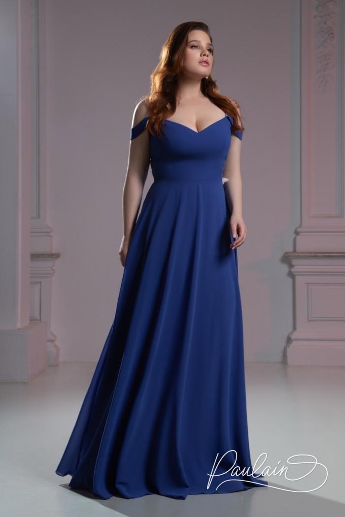 Темно-синее вечернее платье с открытыми плечами и длинной юбкой - РИВЕР | Paulain