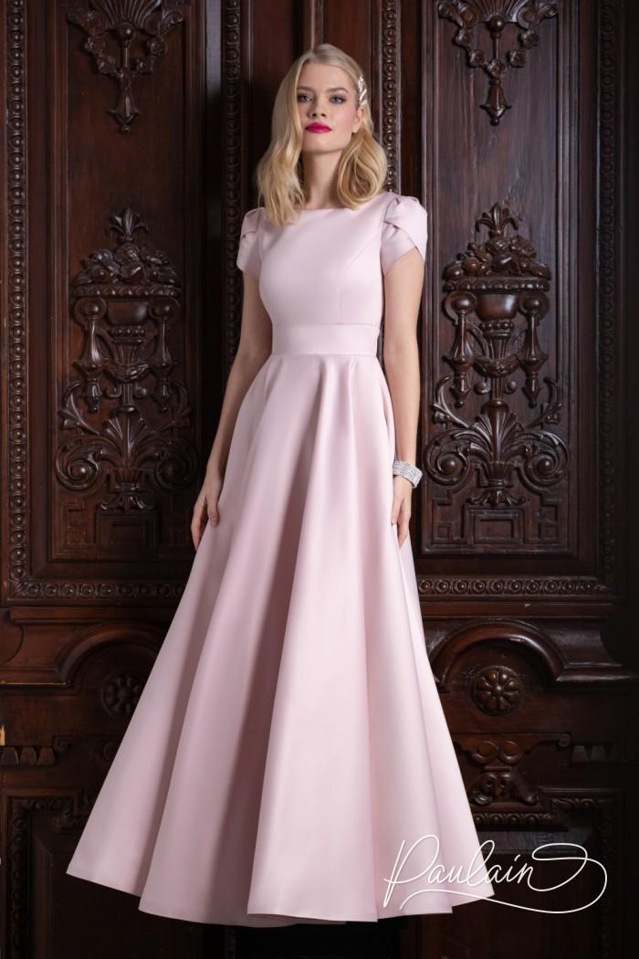 Атласное вечернее платье нежно-розового цвета с длинной юбкой А-силуэта - ТУТТА Макси | Paulain