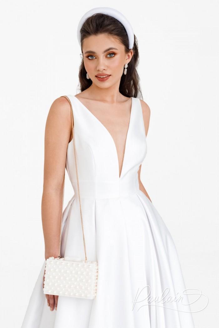 Длинное свадебное платье с глубоким V-образным декольте - ЛИВ   Paulain