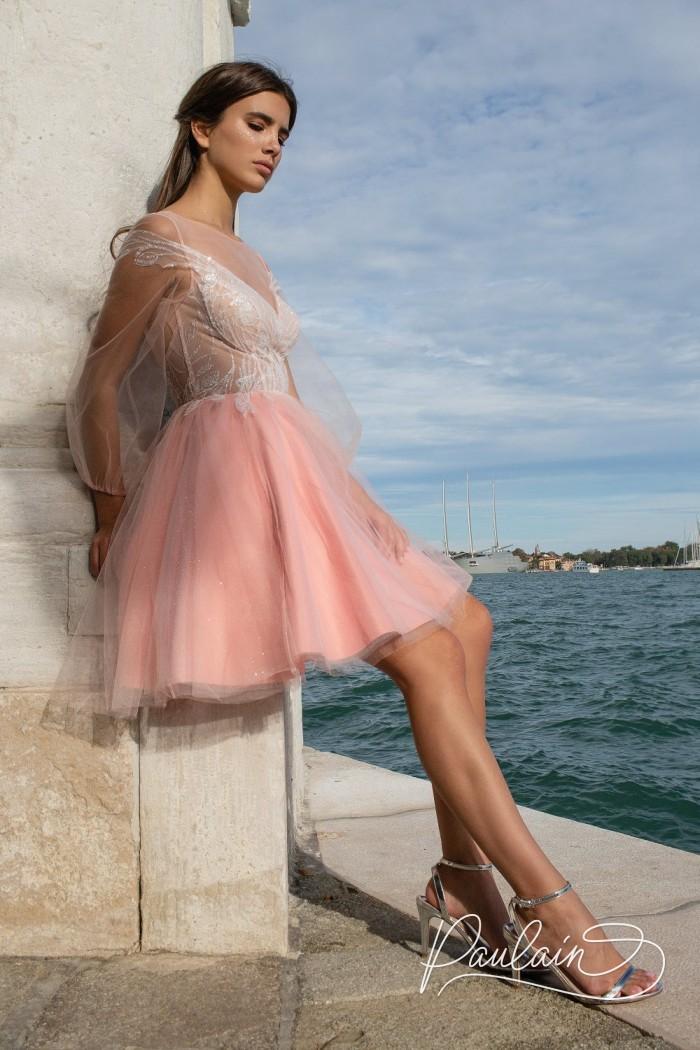 Вечернее платье с открытой спиной и оригинальной аппликацией - АВРОРА | Paulain