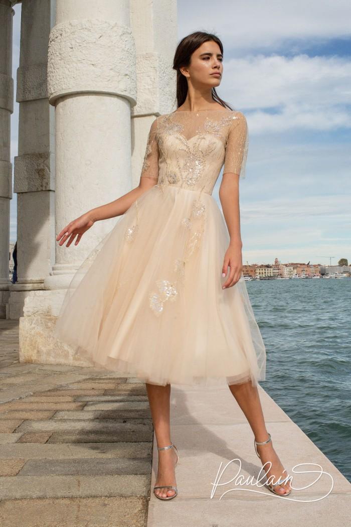 Красивое вечернее платье с открытой спиной и короткой пышной юбкой - ЮРАТЕ | Paulain