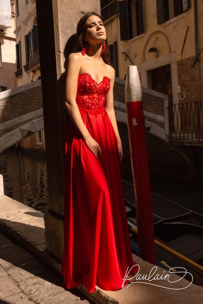 Красное вечернее платье с кружевным лифом и юбкой из тонкого атласа - ПУАТЬЕ | Paulain